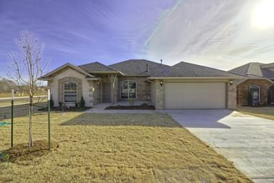 New Home for Sale in Norman, 620 Talon Drive